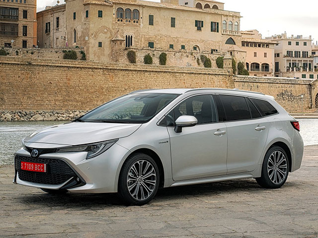 Toyota Corolla Touring Sports - recenze a ceny | Carismo.cz